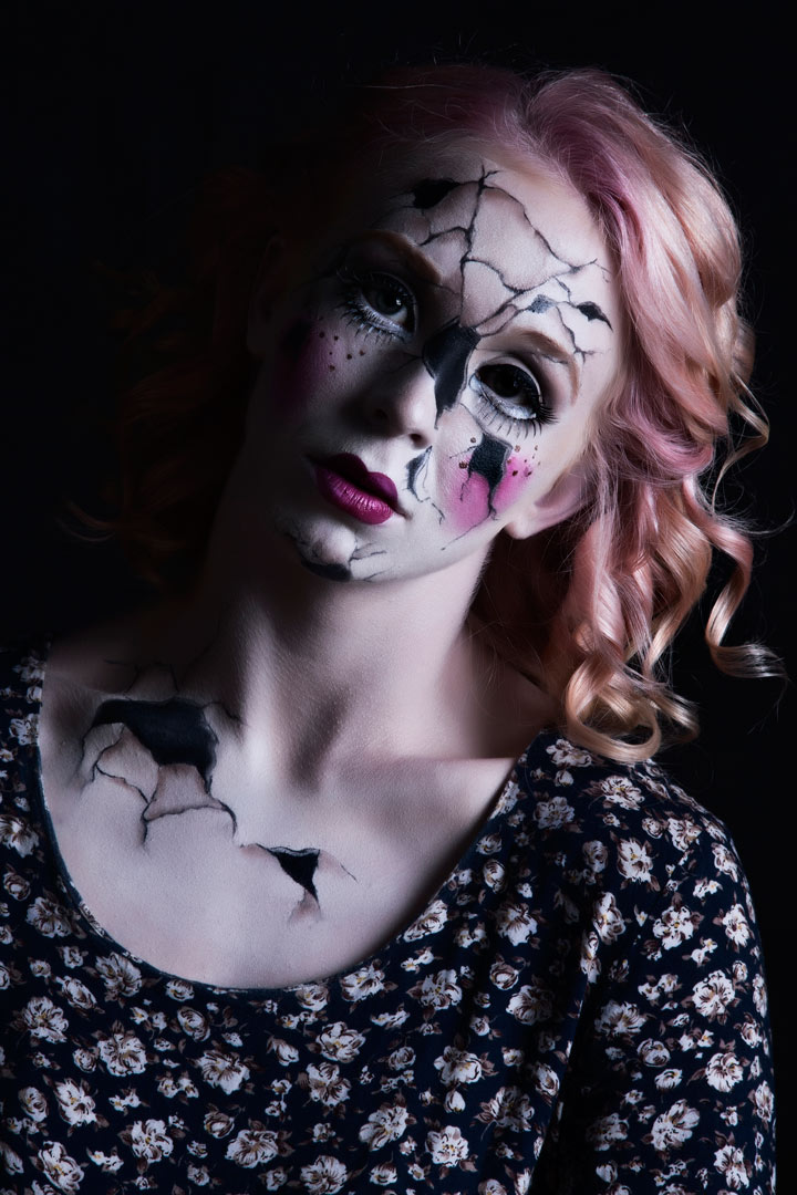 Broken Doll bodypaint by Erin Geer, model Chelsea Brennan